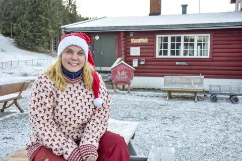 – Kom til oss: Anne Nymoen Jensen ønsker sammen med Sven Helgevold å fire jul på Eiksetra sammen med andre.