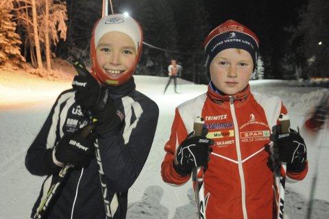 Endelig på snø: – Det var veldig gøy å starte igjen, forteller Thomas Bonden Hørte (til venstre) fra Sylling. Thomas og Sigurd Eriksrud er to av skiløperne i den yngste treningsgruppen til Sjåstad/Vestre Lier og Lier IL som fremover skal trene på Martinsløkka to dager i uka.