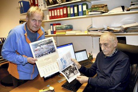 HISTORIEN I FARGER: Leder i Lier Historielag, Thor Sørli (til venstre) og årbokredaktør John Willy Jacobsen med årets Lierkalender og Årbok.