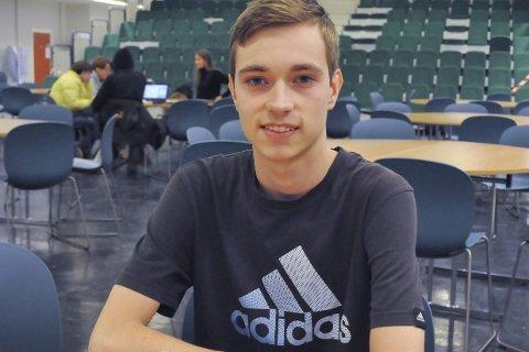 Atlet: Michal er glad i sport, og har planer om å gå mye på ski mens han er her. Han har også sendt en henvendelse til en løpegruppe i Drammen om å få delta, og håper på positivt svar.