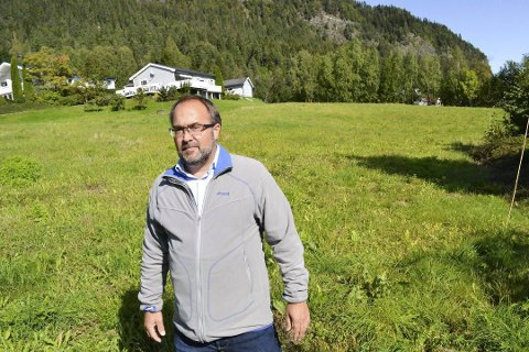 SKUFFET: Grunneier Per Christian Karlsen er skuffet over at kommunestyret sa nei til hans planer om å bygge boliger på eiendommen på Torstad. Dermed har en ni år lang historie fått sin foreløpige konklusjon.