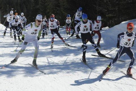 Rekordstort klubbmesterskap: 62 deltagere stile til start i Lier ILs klubbmesterskap i skiskyting som ble arrangert 2. påskedag. – Det er kun Fossum som har flere deltakere i et klubbmesterskap, forteller Anders Hørte i Lier IL skiskyting.