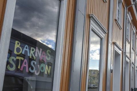Vil kutte: Rådmannen forslår å kutte 250.000 kroner i årlig støtte til Barnas Stasjon i Drammen, med bakgrunn i at det i 2018 kun er registrert to brukerfamilier fra Lier.