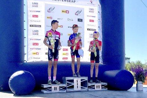 Pallplass i UM: Jørgen Nordhagen avanserte i feltet hele veien, og ble til slutt tredjemann i 13-årsklassen i ungdomsmesterskapet i terrengsykling på rundbane.