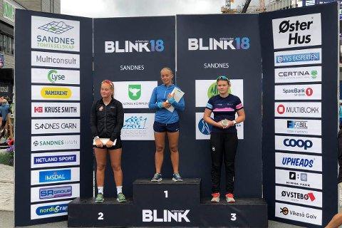 Endelig på pallen igjen: Det er over ett år siden Emma Aasen Strømsnes var på pallen i skiskyting Under Blinkfestivalen i Sandnes, som samlet mange av landets beste skiskyttere, ble det tredjeplass på Tranby-jenta.