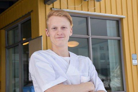 På jobb: Andreas Findal Andersen er for tiden i praksis på Nøstehagen bo- og omsorgssenter, men drømmer om å bli vernepleier.