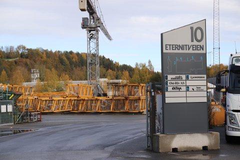 KONKURS: GTS Drift AS hadde kontor på Bjerkås næringspark i Slemmestad i Røyken. Kontorskiltene er allerede fjernet.