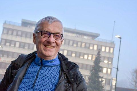 Kommer med budsjettlekkasje: Høyres gruppeleder Søren Falch Zapffe går på vegne av flertallspartiene ut og bekrefter at Dambråtan barnehage i Sylling ikke skal legge ned nå.