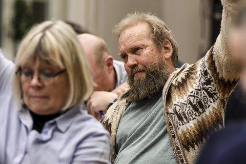 KRITISK 1: Øivind Hammer i Miljøpartiet De Grønne mener det politiske flertallet er viljesløs når det ikke stilles strengere krav for i gi lånegarantien til Tranby Varmesentral. FOTO: PÅL A. NÆSS