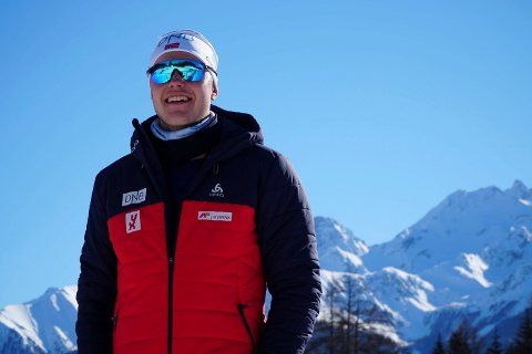 TRENER: Anders Øverby har selv lagt ski og gevær på hylla, men vil ikke gi seg med skiskyting. Derfor blir han trener.
