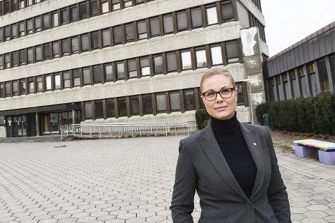 KUN VIKER: Silje Kjellesvik Norheim og flere partifeller i Ap skriver om hvorfor de mener Viker-alternativet er det eneste rette.