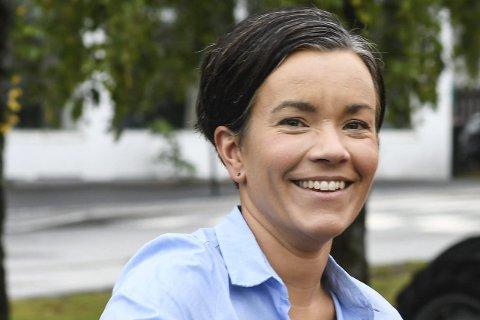 SITTENDE ORDFØRER: Gunn Cecilie Ringdal, Høyre.