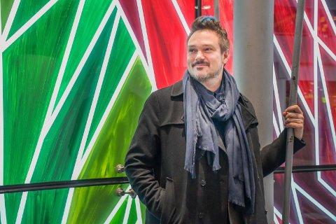Gleder seg: Tore Petterson gleder seg til holde foredrag på kulturscenen, og lover at det blir nært, og ekstra fint å være på hjemmebane.