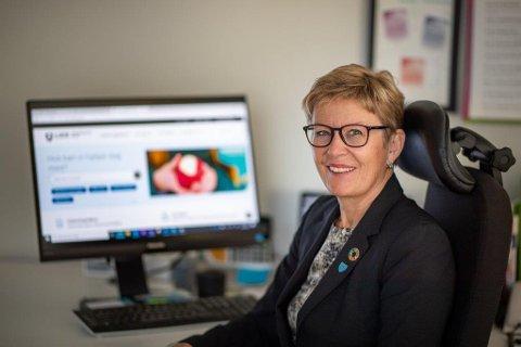 Går av med pensjon: Anne Johanne Guldvik har vært rektor på Lier vgs i åtte år når hun gir seg våren 2021.