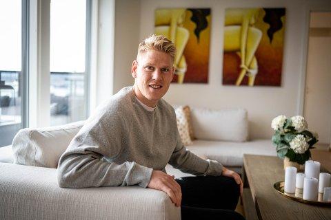 PÅ INNTEKTSTOPPEN: Jakob Glesnes bodde i Engersand Havn før han flyttet til USA tidligere i år. Glesnes hadde den høyeste skattbare inntekten blant dem under 30 år i Lier i 2019.