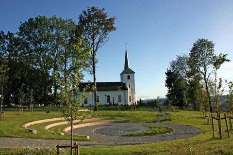 Tranby kirkes amfi.