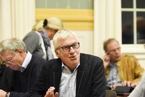 Små ulikheter skaper forvirring: Søren Falch Zapffe (H) kom med sine refleksjoner på hva han tenker rundt at Liers nabokommuner kan ha små nyanseforskjeller i sine lokale korona-forskrifter. Arkivfoto: Pål A. Næss