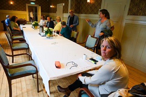 Sluttet: Bente Gravdal har undertegnet sluttavtale med Lier kommune. Bildet ble tatt i forbindelse med at hun innkalte gruppelederne i Lier til et møte 14. juni. To dager senere ba hun om å få fratre stillingen sin.