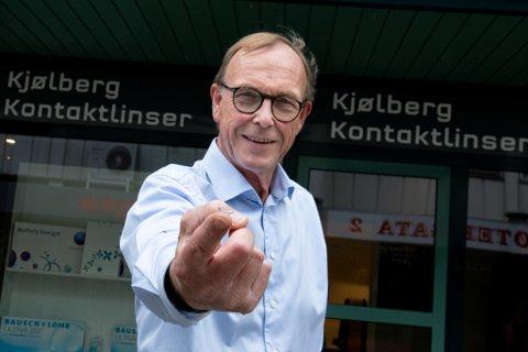 Linsespesialist: Geir Kjølberg i Kjølberg Kontaktlinser i Lillestrøm kan mer om kontaktlinser enn de fleste.