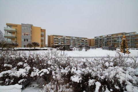 Blir betydelig dyrere: Beboerne i Elveparken-sameiene i Lillestrøm må belage seg på høyere fellesutgifter dersom rådmannens foreslåtte avgiftshopp blir vedtatt. Nå bes det om skikkelig dokumentasjon.