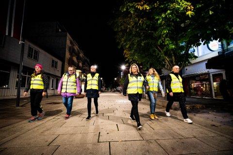 BLIR FLERE: Etter helgens mange medieoppslag om ungdomsmiljøet i Lillestrøm har en rekke voksenpersoner meldt seg som Natteravner.