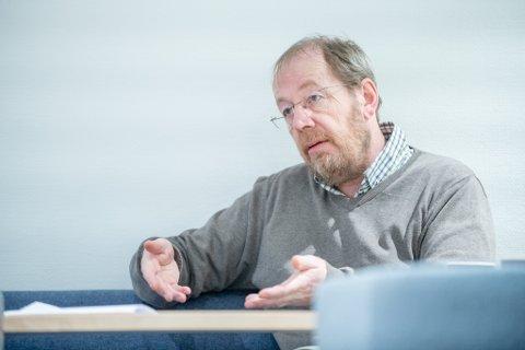 FORKLARER: Morten Nårstad er kommunalsjef for miljøteknikk i Lillestrøm kommune og forklarer hvorfor gebyrene øker i den neste fireårsperioden.