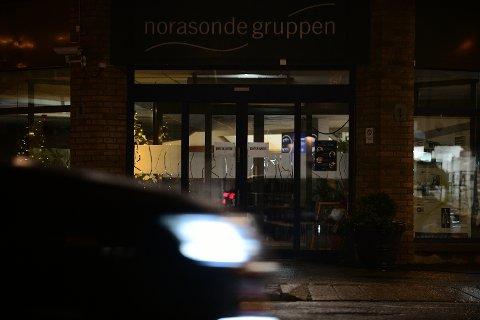 HARDT RAMMET: Et smittetbrudd ved Norasonde i Lillestrøm har nå spredd seg og ført til over 100 smittede.