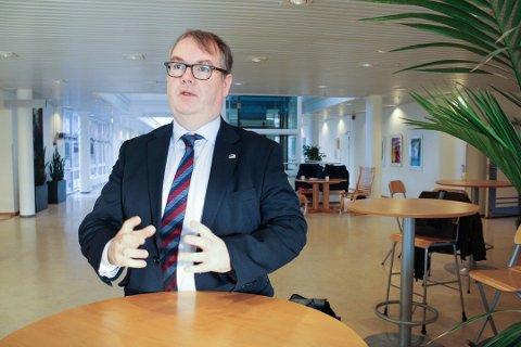 MISTET MANGE: Høyres gruppeleder i Lillestrøm, Kjartan Berland, har mistet åtte av 24 representanter i kommunestyregruppa, og erkjenner at situasjonen er svært krevende.