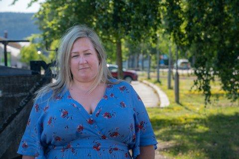 BEKYMRET: Aps gruppeleder Heidi Westbye Nyhus mener det haster å gi lokalt næringsliv koronamidler.