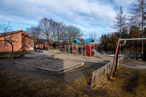 I KARANTENE: To avdelinger med 70 barn og voksne er stengt og satt i karantene i Melby barnehage.