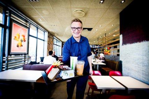 Nyhet: Franchisetaker Frank Wilhelmsen driver blant annet McDonald's på Kjeller, og kan nå tilby lillestrømlingene hjemkjøring av mat gjennom et samarbeid med Foodora.