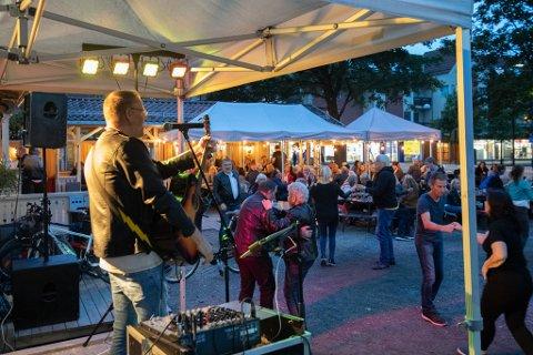 AVLYST: Festivalen ble arrangert for første gang i fjor. I år må den avlyses grunnet smittevern. Her fra konserten med Mr. Ray på Kulturpuben under fjorårets festival.