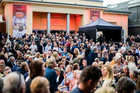 KONSERT: Under Byfesten i 2019 var det fullt utenfor Kulturhuset, i år kan det bli billettsalg med begrenset antall.