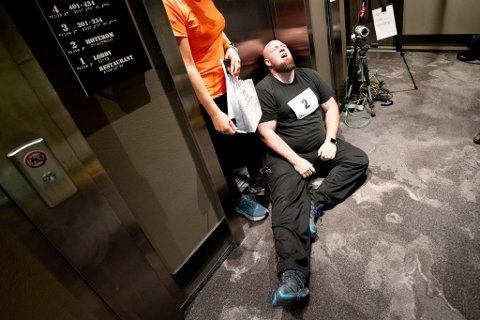 UTSLITT: Rolf Larsen bestemte seg for å ta grep da han opplevde at bare det å ta på seg sokker var tungt. Etter å ha deltatt på trappeløp nylig klarte han ikke å gå på en uke.