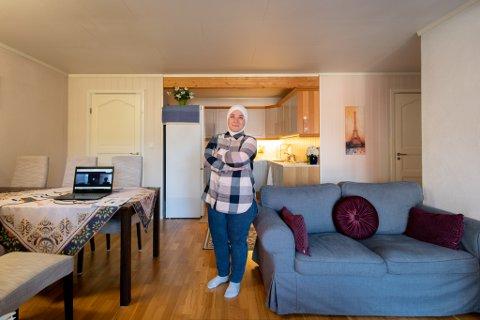 STARTER EGET: Heba Karim ønsker å bygge opp et nytt selskap, der hun skal drive med hjemmeundervisning.