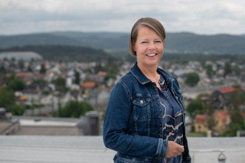 TENKTE NYTT: Heidi Bareksten er daglig leder hos Vinvino, som arrangerer mat- og vinreiser i Europa. Pandemien fikk henne til å tenke nytt, og se til Lillestrøm.