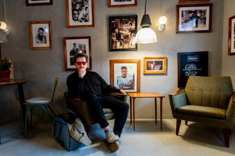 STORTRIVES: Nicholas Noble kommer opprinnelig fra Sheffield i England, men stortrives i ny jobb i Lillestrøm.