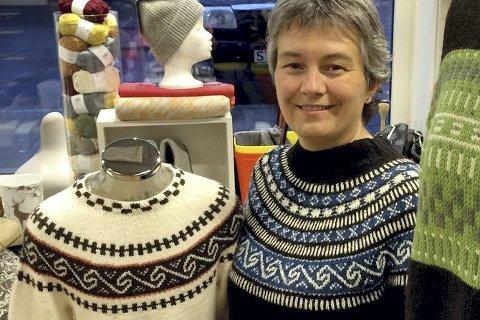 Tradisjon: Nordlandskofta er en av Norges mest solgte strikkeoppskrifter. Nå er det laget nye varianter av det ikoniske strikkeplagget. Foto: Ingvil Valberg