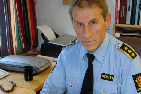 INGEN FRYKT: Selv om politiet ikke har noen spor å gå etter så er lensmann Asbjørn Sjølie klokkeklar på at ingen trenger å frykte at det er går en eller flere ransmenn løs. Foto: Kai Nikolaisen