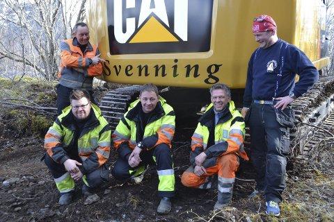 Grunnentreprenør: Gunnar Svenning (tv) sammen med medarbeiderne Karstein Halden, Geir Pedersen og Håvard Helmersen.