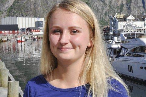 Overrasket: Elisabeth Åsjord Sire lover kamp på landsmøtet i Unge Høyre for oljevirksomhet utenfor LoVeSe. Hun er overrasket over at programkomiteen vil verne området.