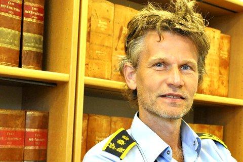 Påtaleleder: Politiinspektør og påtaleleder ved Svolvær politistasjon, Steffen Ravnåsen.