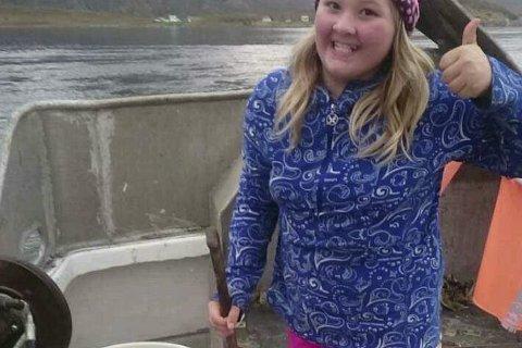FORNØYD: Michell er fornøyd med fangsten som hun fikk 1000 kroner for. Alle foto: Privat