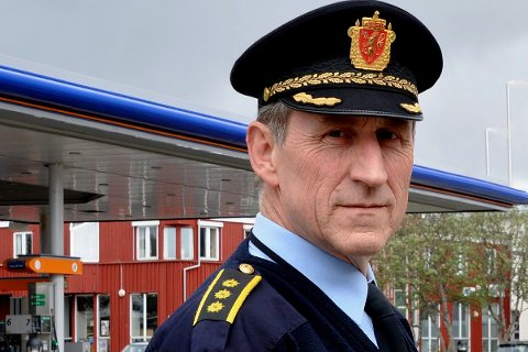 OPPFORDRING: Lensmann Asbjørn Sjølie oppfordrer folk til å sikre sine verdier på en bedre måte.