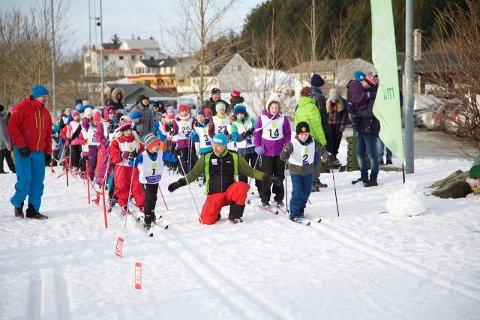 Leknes skiklubb er fornøyd med oppmøtet på Leknessprinten i vinter. Onsdag går siste renn.