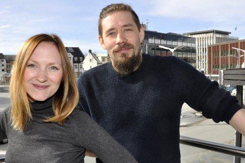 Ser fremover: Markedssjef Christine Johansen Husjord og markedsrådgiver Geir Ove Johnsen.Foto: Kristian Rothli