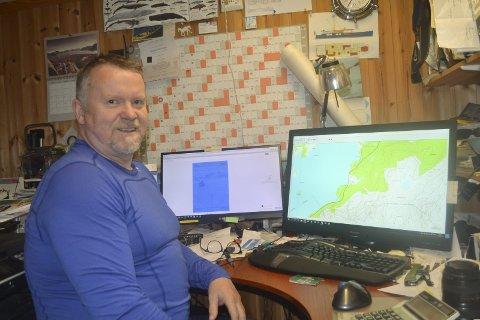 Veteran: Jann-Harald Engstad (61) har vel førti år bak seg i reiselivet i Lofoten. Når en turist beretter om opplevelsen  på det han tror er et uoppdaget sted, men som viser seg å være et godt besøkt område, har vi lyktes i å ta vare på naturen. Nå har kabelvågværingen skrevet ei guidebok om Lofoten – sett fra kajakken. Alle bilder: John-Arne Storhaug.