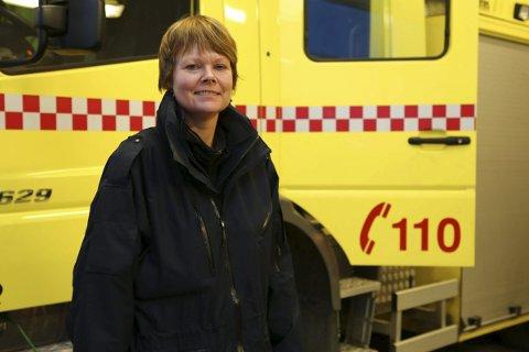 BRANNLIFT: Brannsjef Ragnhild Sæbø ville nøye seg med en brannlift på 34 meter. Formannskapet økte til 42 meter.