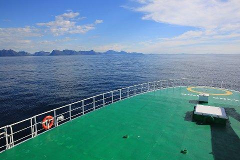 G.O. Sars er på tokt utenfor Lofoten og Vesterålen for å lete etter koraller på havbunnen.