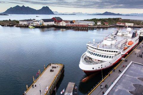 """Første besøk av """"Spitsbergen"""" i Svolvær. (Bildet er ikke med i konkurransen)"""